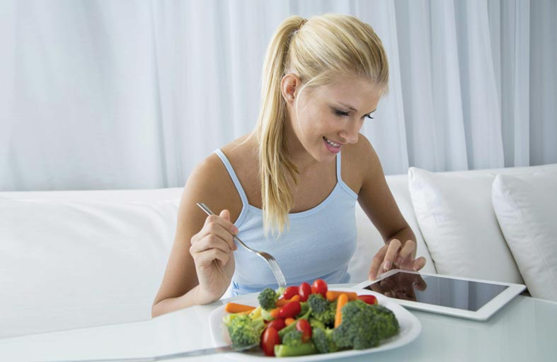 ارتداء ملابس أنيقة يجعلك تميل إلى خيارات طعام صحية