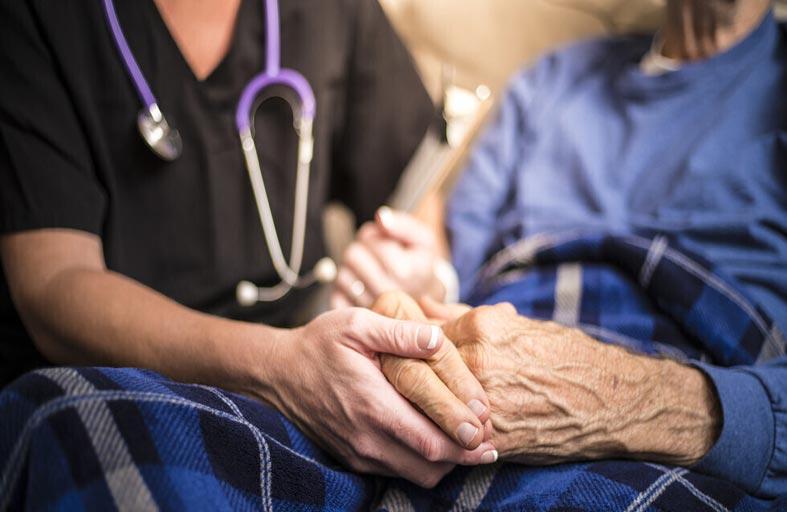 أربع علامات يمكن أن تشير إلى خطر الإصابة بمرض باركنسون
