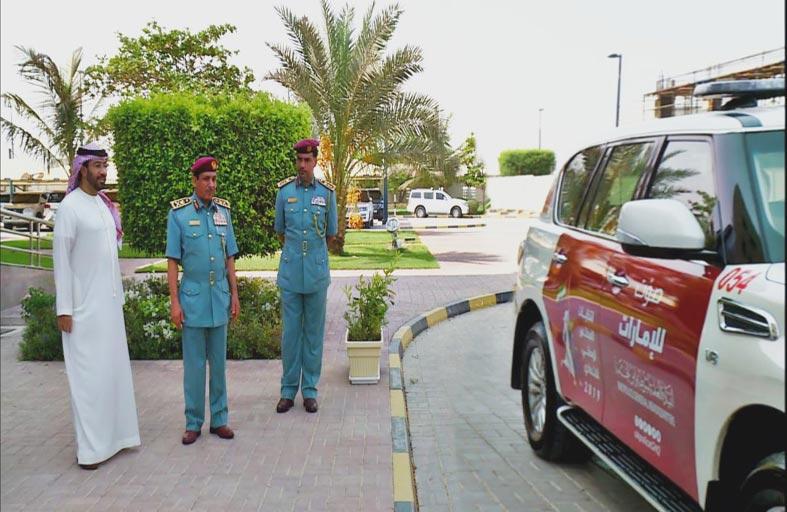شرطة رأس الخيمة تتزين بشعارات انتخابات المجلس الوطني الاتحادي