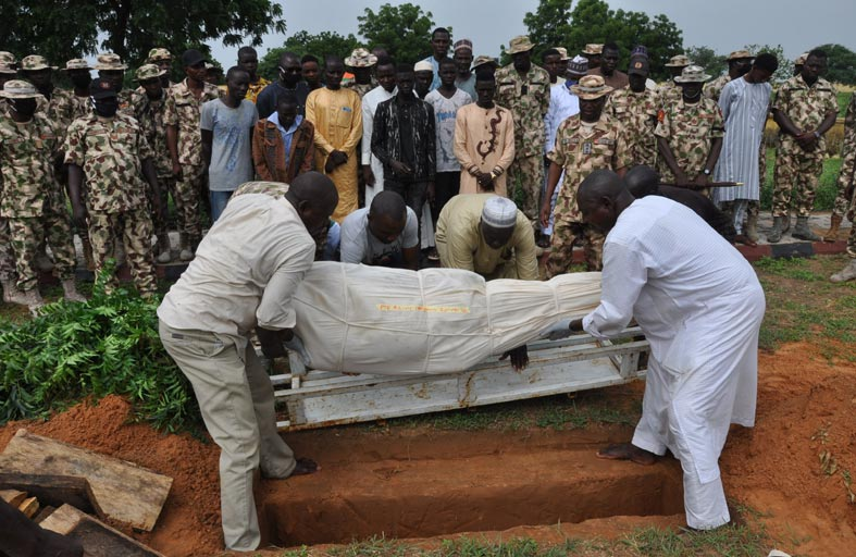 15 قتيلا في كمين شمال شرق نيجيريا