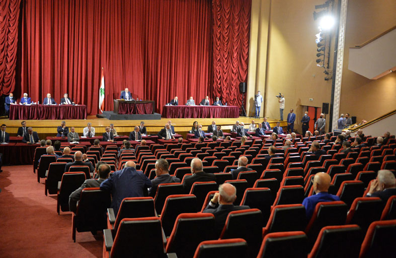 تحديات صعبة تنتظر الحكومة اللبنانية الجديدة