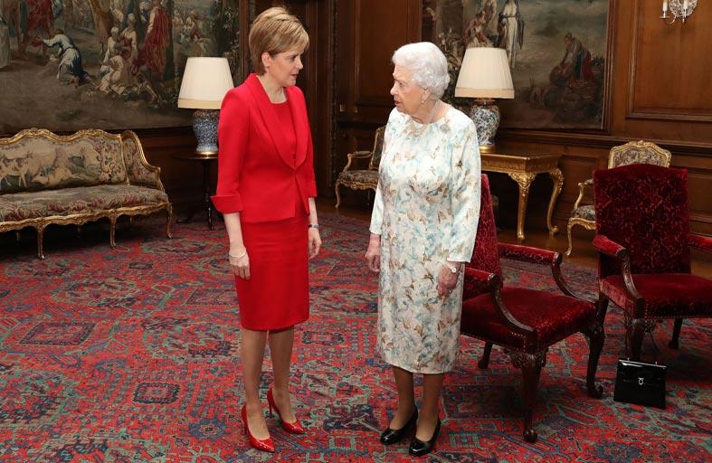 اسكتلندا: جونسون في خدمة أنصار الاستقلال...!