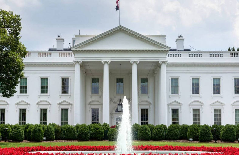 البيت الأبيض يعد بإطلاع الديمقراطيين على تقارير المكافآت الروسية
