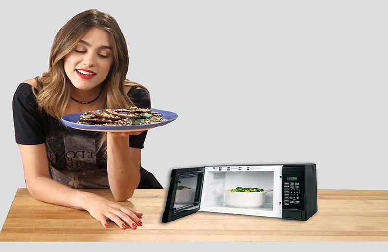 خبراء: طريقة تحضير الطعام في البيت قد تعجل بالوفاة!
