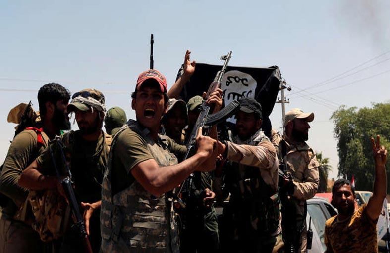 الضربات تتواصل في سوريا مع غموض الموقف الأمريكي