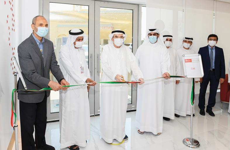 زكي نسيبة يفتتح موقع جامعة الإمارات لكلية الإدارة والاقتصاد  في أبوظبي