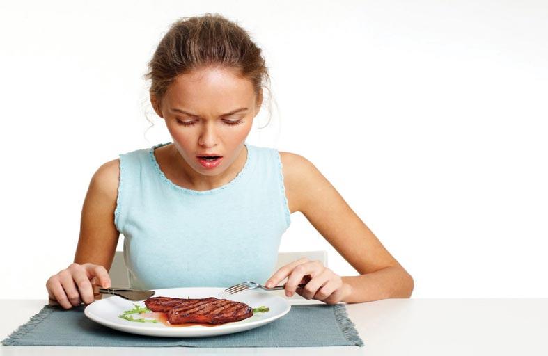 لهذه الأسباب.. على كبار السن التوقف عن أكل اللحوم الحمراء فوراً