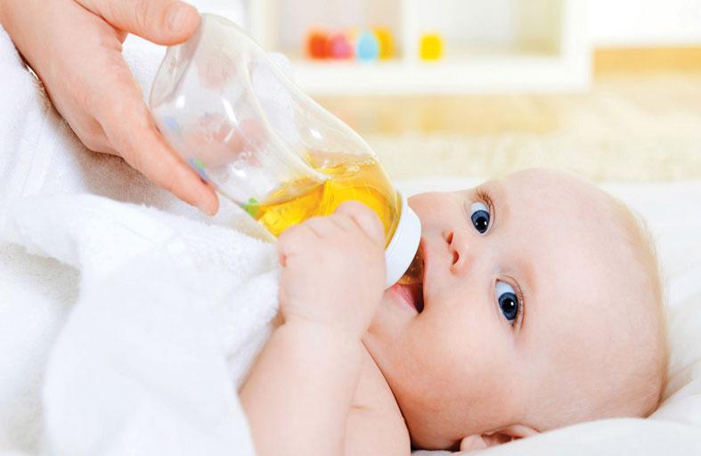 متى يُصبح العصير آمناً لطفلك الرضيع ؟!