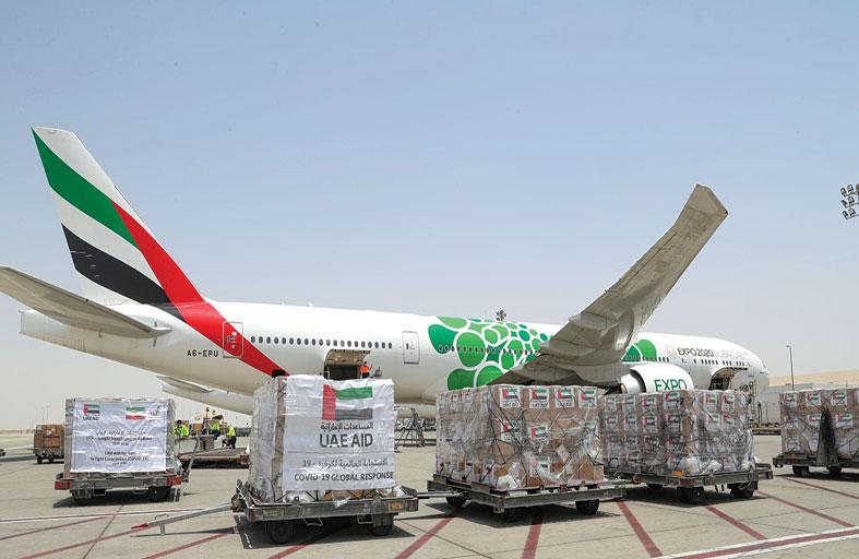 الإمارات ترسل طائرة مساعدات إضافية إلى إيران لتعزيز جهودها في مكافحة انتشار كوفيد- 19
