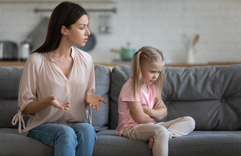 5 أخطاء يرتكبها جميع الأطفال.. حتى طفلك المهذّب