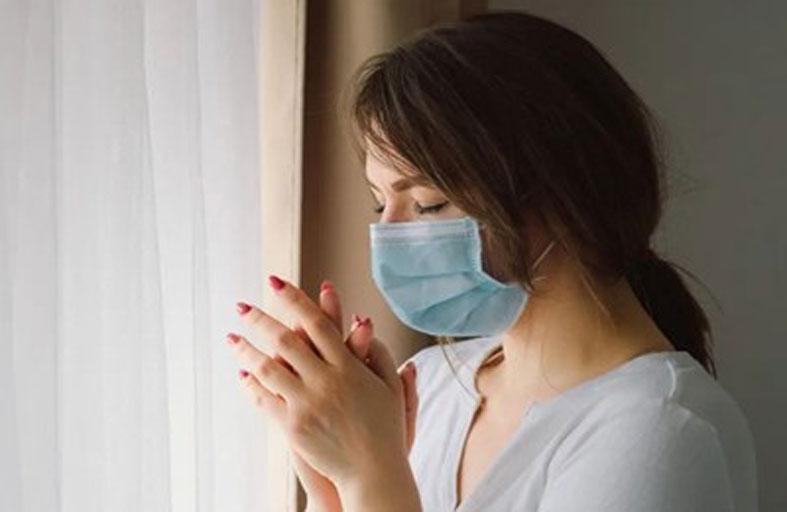 علماء يفسرون سبب مرض كوفيد الطويل