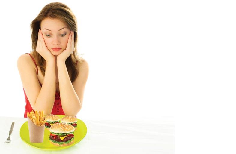 هذه الأطعمة تتسبب في تآكل خلايا دماغك قبل جسمك!