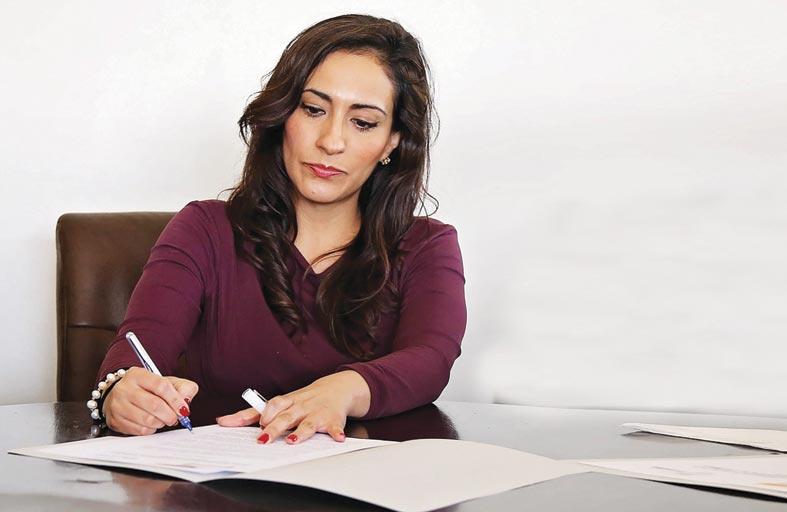 موظفو العمل المكتبي أكثر عُرضة للإصابة بهذه المتلازمة