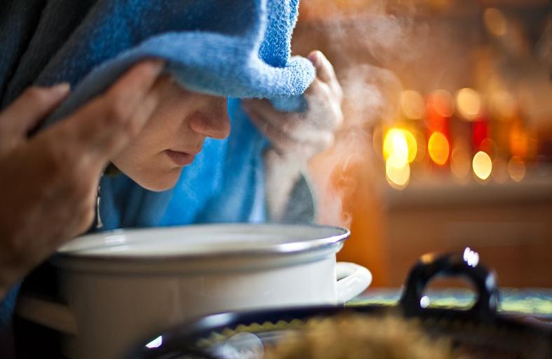 استنشاق البخار يساعد على مواجهة الزكام
