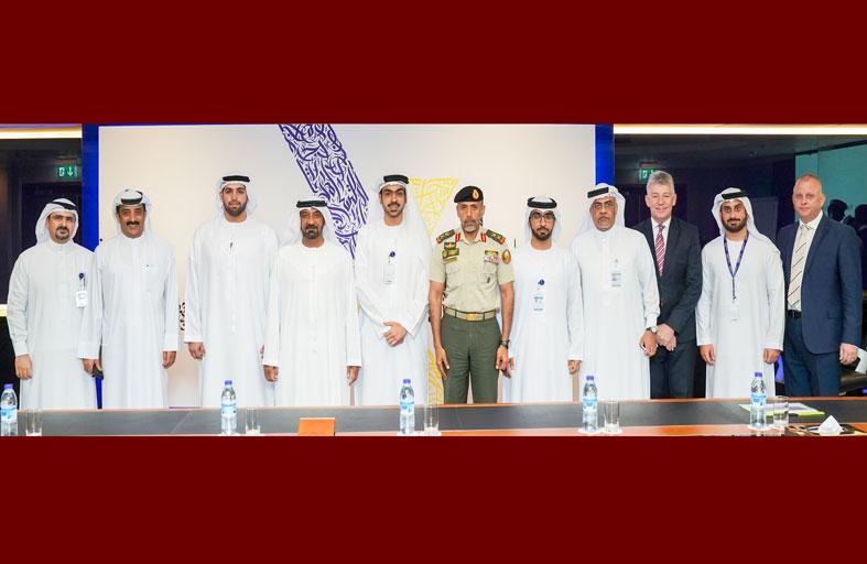 أحمد بن سعيد وأحمد بن طحنون يبحثان تطوير قدرات مجندي الخدمة البديلة