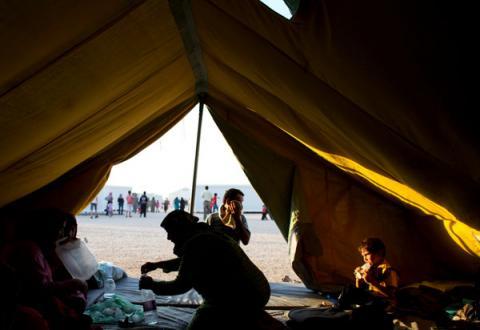 برنامج الغذاء العالمي يستأنف  مساعداته إلى سوريا عبر الحدود الأردنية