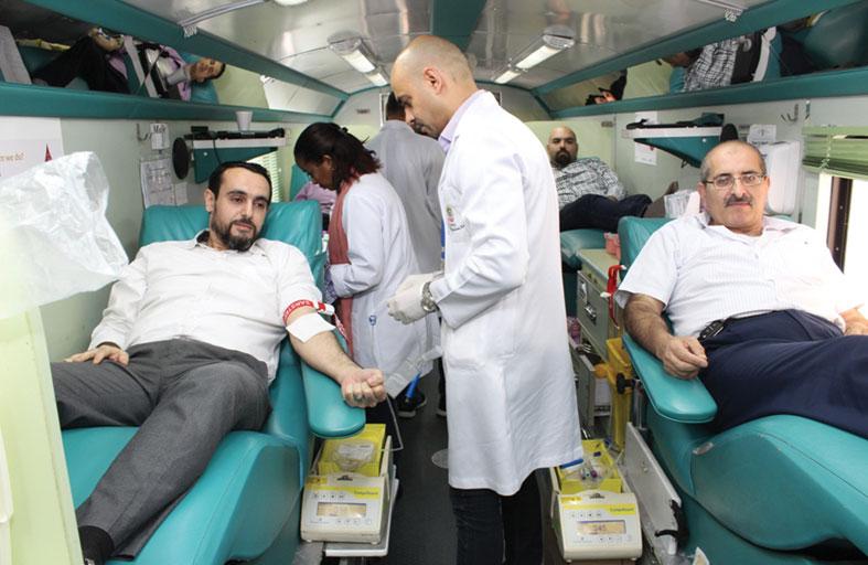 مركز جمعة الماجد ينظم حملة للتبرع بالدم