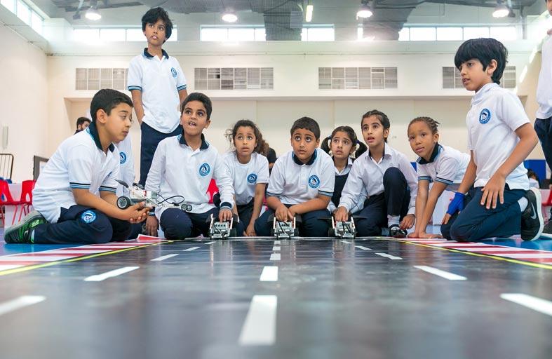 7400 طالب وطالبة يستفيدون من برنامج أدنوك في مجال تعليم الـSTEM