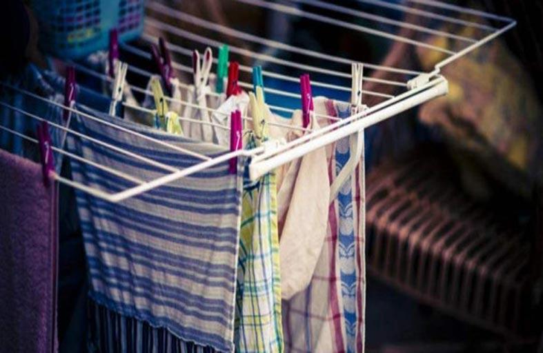 كيف تجفف الملابس المبلولة في الطقس البارد؟