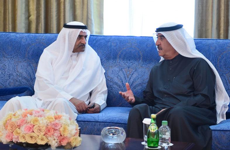 حاكم أم القيوين يتقبل العزاء من حاكم الفجيرة بوفاة الشيخ محمد بن حميد بن عبدالرحمن الشامسي