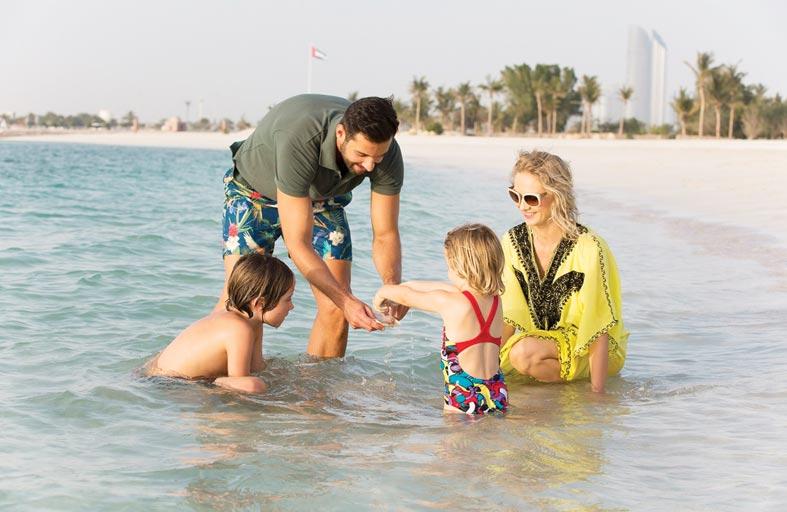 قصر الإمارات يُطلق عروضاً مغرية للآباء والأمهات