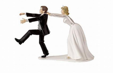 يهرب من عروسه الجميلة الثرية