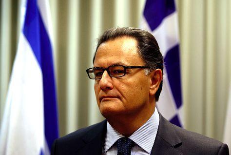 وزير الدفاع اليوناني: آيدكس 2013 يضم أحدث تقنيات وإنجازات القطاعات الدفاعية في العالم