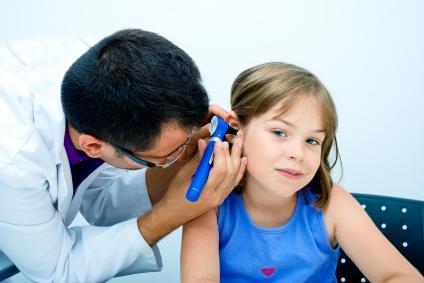 متى يقرّر الطبيب أنك مصاب بمشاكل في السمع؟