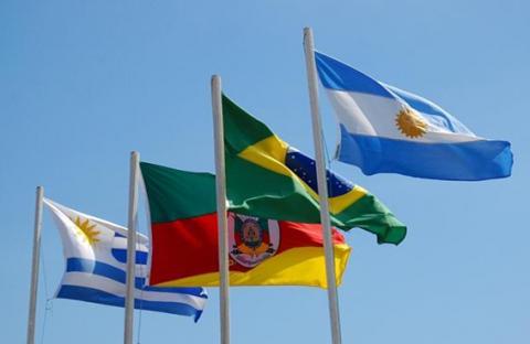 الدول اللاتينية تتباحث في عمليات التجسس الأمريكية
