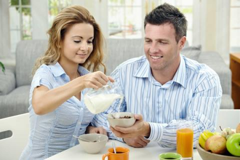للكبار والصّغار.. إليكم منافع الحليب