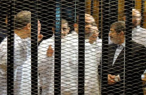 تأجيل محاكمة مرسي في قضية التخابر