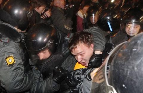 روسيا تعتقل 300 شخص في عملية أمنية