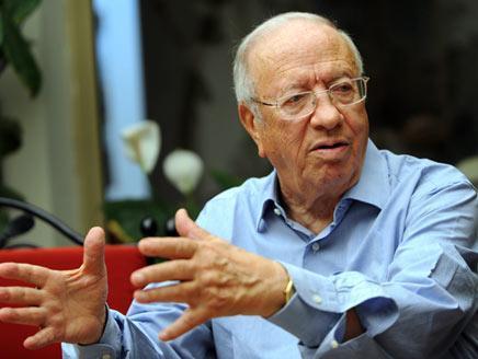 السبسي يعتبر النهضة خطراً على تونس