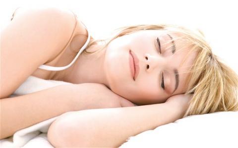 النوم الجيد يزيد الشعور بالامتنان