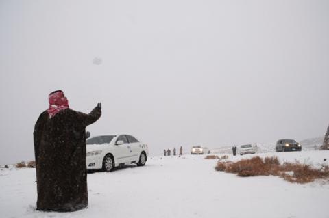 التدافع لمشاهدة الثلج يقتل 8