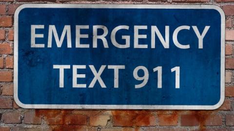 أمريكي يتصل بالطوارئ 1200 مرة خلال شهرين