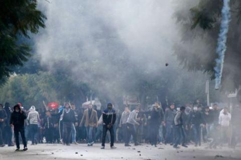 إحراق مكتب للنهضة في سيدي بوزيد
