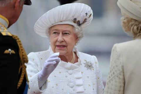 ملكة بريطانيا أقوى إمرأة