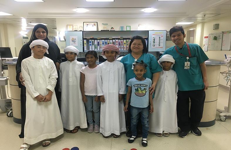 أطفال دار زايد في زيارة قسم أورام الأطفال في مستشفى توام