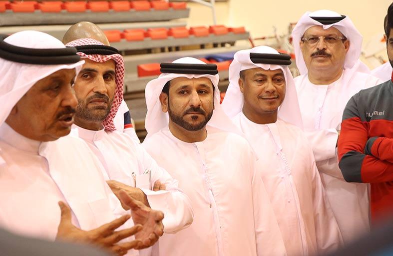 مجلس إدارة نادي الشارقة الرياضي يلتقي فريق اليد قبيل سفره إلى الهند