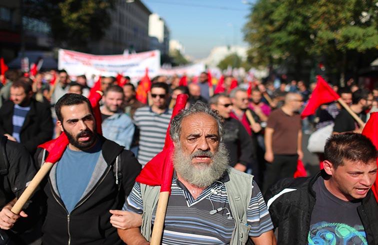 تظاهرات في اليونان احتجاجا على التقشف