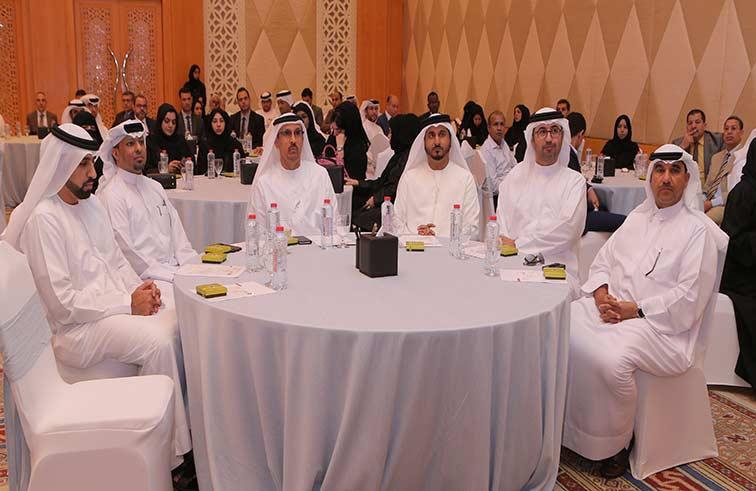 محاكم دبي تنظم حفل برنامج