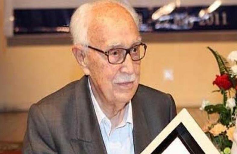 وفاة الروائي المغربي عبد الكريم غلاب