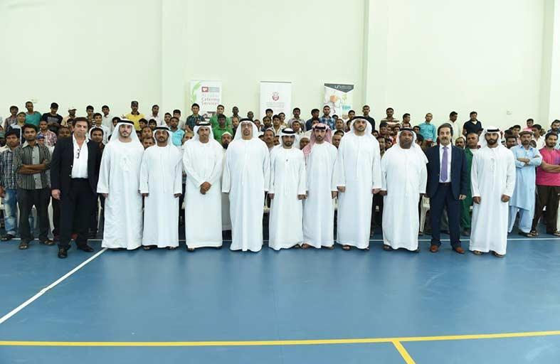 بلدية مدينة أبوظبي ومستشفى دار الشفاء يقدمان الفحوصات الطبية المجانية لـ 300 عامل في المفرق