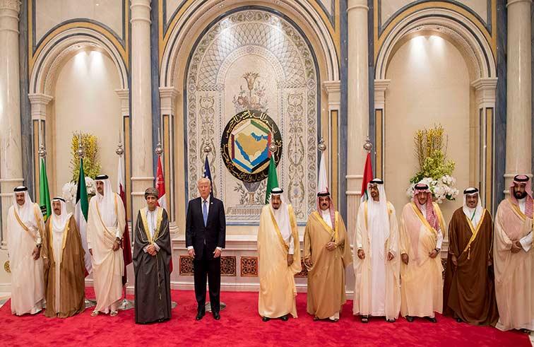 محمد بن زايد :العلاقات الاستراتيجية بين دول مجلس التعاون والولايات المتحدة الأمريكية تمتلك مقومات استمرارها وتطورها