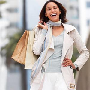 المرأة والتسوق.. صداقة دائمة!
