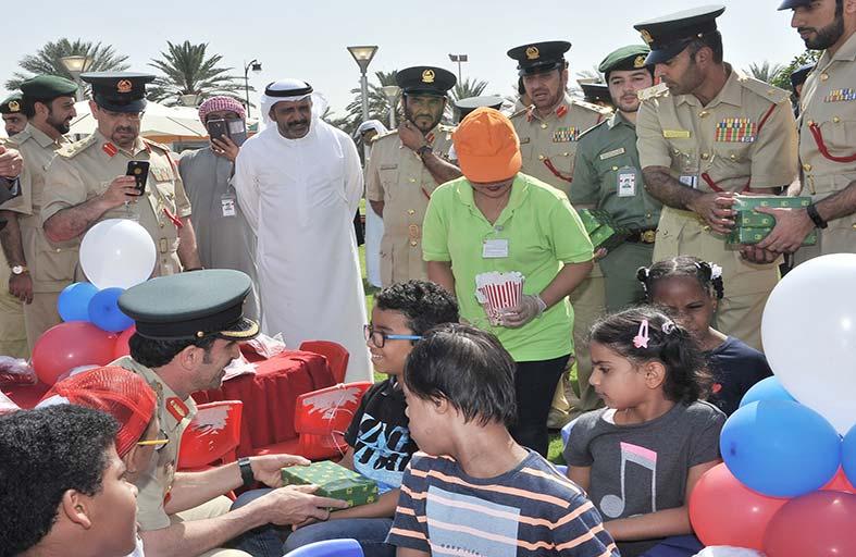 القيادة العامة لشرطة دبي تنظم كرنفالا للأطفال الأيتام