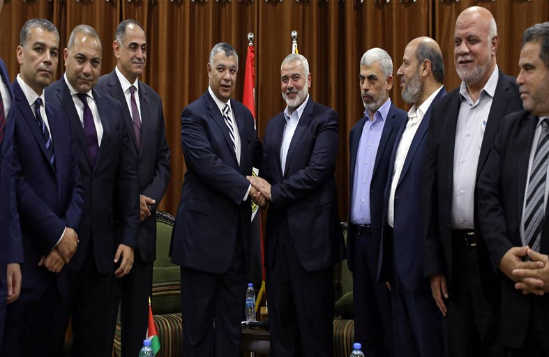 وفد من حماس يزور القاهرة للحوار مع فتح