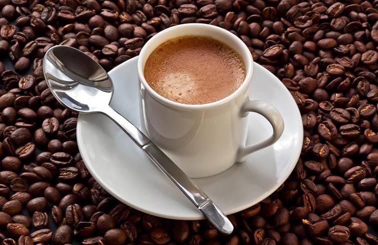 ماذا تفعل إذا شربت الكثير من القهوة؟