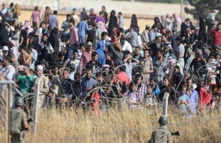 سوريون يواجهون الألغام والإعدام للهرب من داعش.. شبح التهجير القسري يطادر أهالي بلدات بجنوب دمشق